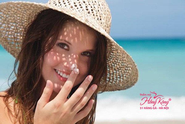 Bạn cần bảo vệ da khỏi ánh nắng mặt trời và không khí ô nhiễm