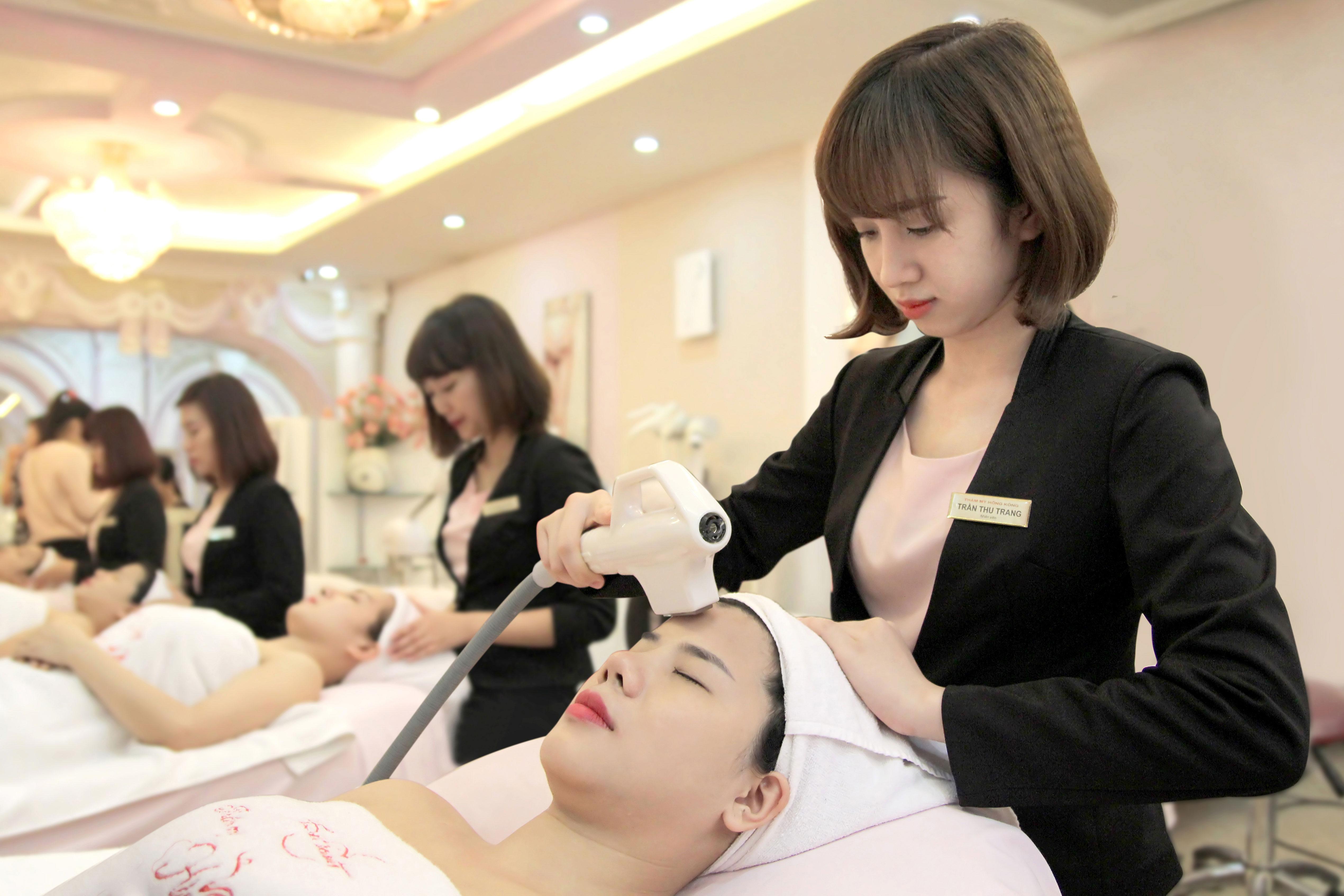 Dịch vụ chăm sóc da mặt bằng công nghệ cao được nhiều chị em lựa chọn