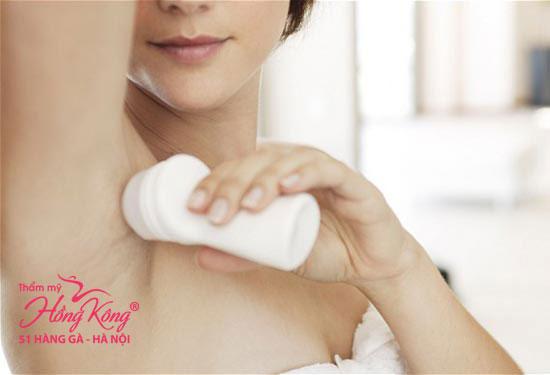 Lăn khử mùi chứa hóa chất mạnh, gây kích ứng da