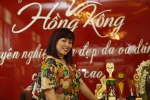 Phượng Hồng Kông - Nghệ nhân phun xăm mí mắt