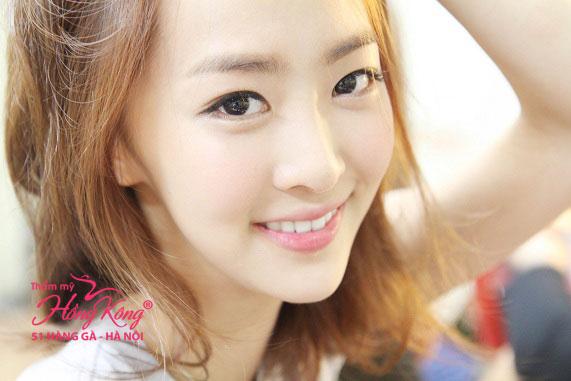The Record 618 giúp bạn gái tự tin tỏa sáng với gương mặt trắng sáng và mịn màng