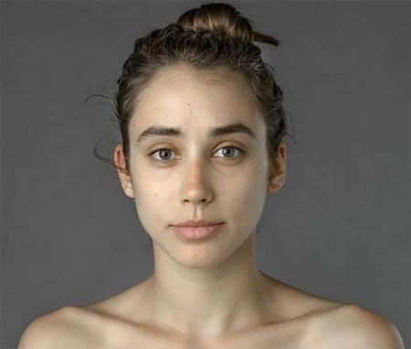 """Bức ảnh Esther Honig chọn gửi cho các """"bậc thầy"""" chỉnh sửa ảnh ở 25 nước trên thế giới với yêu cầu """"Hãy làm tôi trông thật xinh đẹp""""."""