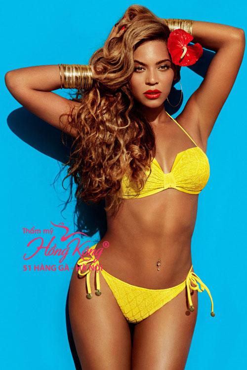 Trong khi đó, Beyoncé từng được tạp chí People của Mỹ phong là người phụ nữ đẹp nhất thế giới với làn da nâu bóng khỏe.
