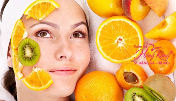 Đắp mặt nạ cung cấp độ ẩm cho da
