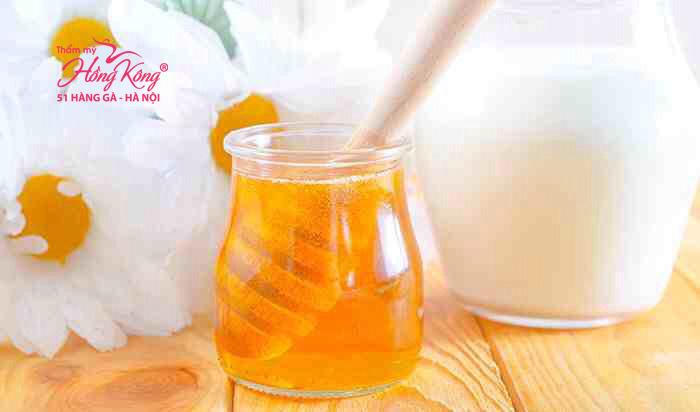 Mặt nạ mật ong và sữa chua giúp da mềm mại và trắng hồng