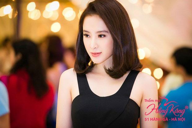 Son nude màu cam đất rất phù hợp với đôi môi xinh xắn của Angela Phương Trinh