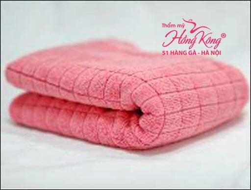 Chuẩn bị một chiếc khăn có chiều dài 40cm