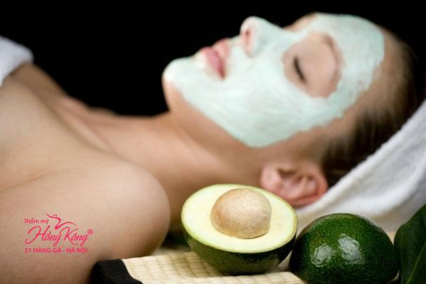 Đắp mặt nạ thường xuyên 2-3 lần/tuần sẽ cho bạn làn da sáng mịn và tươi trẻ