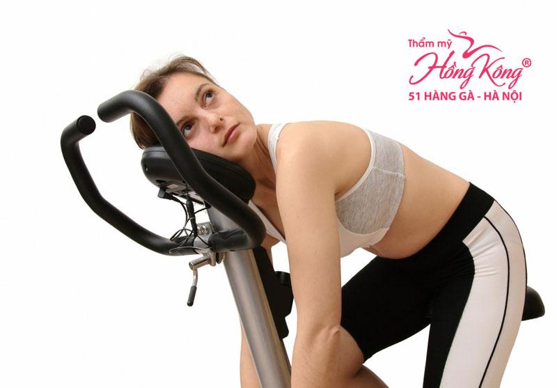 Tập luyện quá sức sẽ có nhiều tác hại tới sức khỏe.