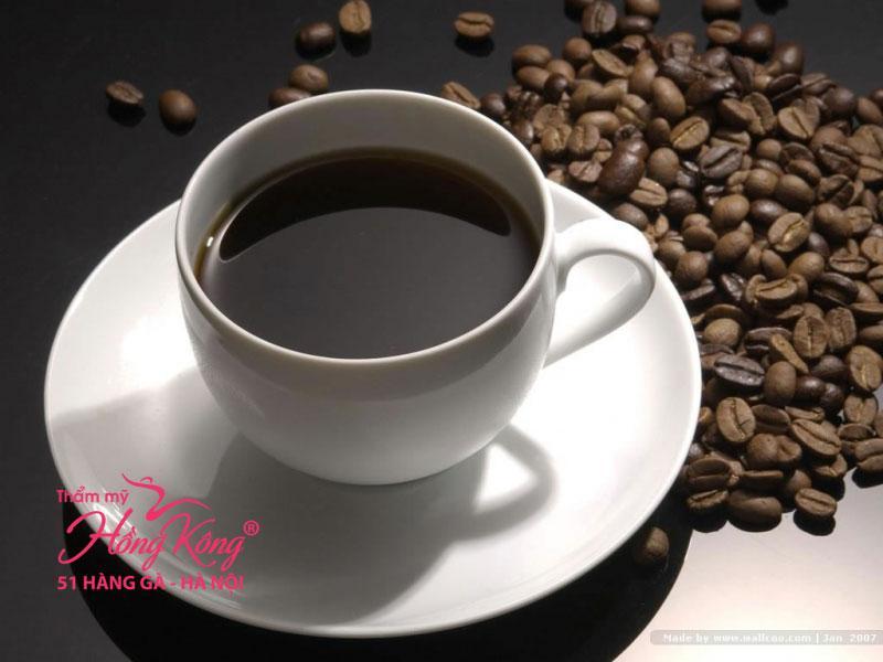 Cafein có trong cà phê là chất xúc tác hoàn hảo, có khả năng thúc đẩy quá trình trao đổi chất và tăng lượng calo đốt cháy, giúp giảm cân hiệu quả