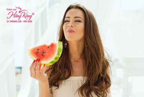 3 ngày đầu bạn nên kiên trì chỉ ăn dưa hấu