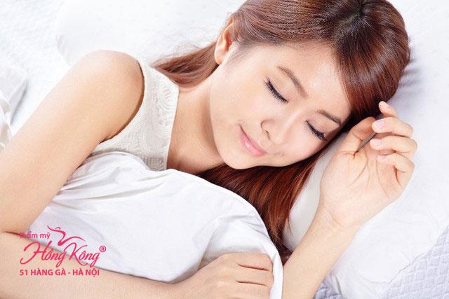 Ngủ đủ giấc giúp hạn chế cảm giác thèm ăn