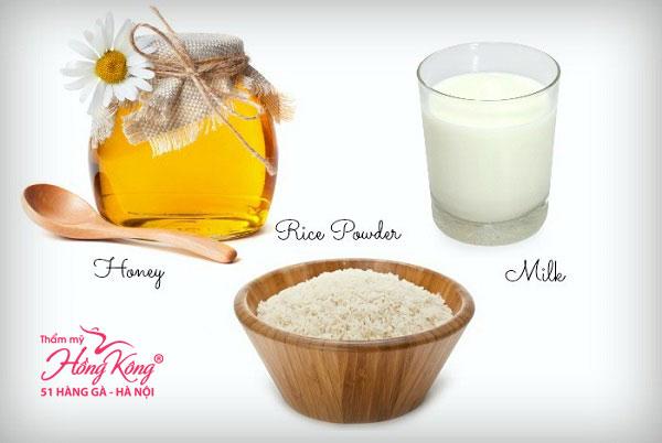Dưỡng trắng và căng da mặt với nước gạo