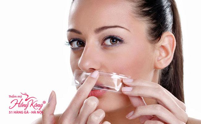 Rất nhiều chị em quan tâm đến việc tẩy lông mặt an toàn
