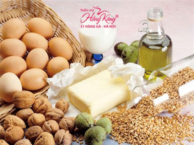 Bổ sung chất béo từ dầu cá nguyên chất và các loại hạt