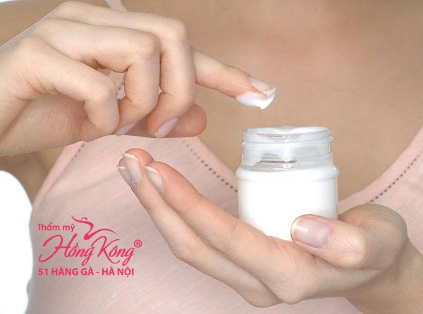 Thuốc tẩy lông giúp loại bỏ lông nách dễ dàng và nhanh chóng