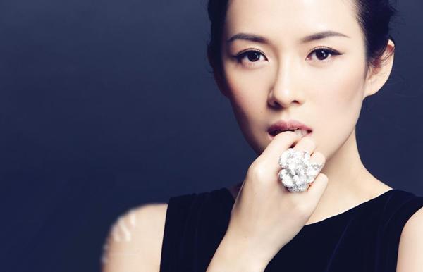 Nét đẹp hài hòa của ngôi sao điện ảnh Trung Quốc Chương Tử Di