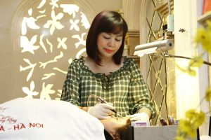 Quy trình phun thêu lông mày ở Hà Nội tại Thẩm mỹ Hồng Kông đảm bảo an toàn