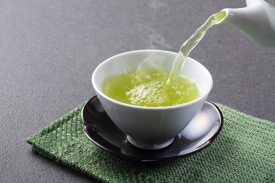 Nước trà xanh có tác dụng chống lão hóa rất tốt
