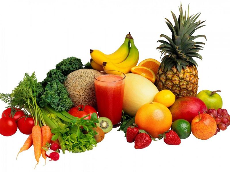 Ăn nhiều hoa quả tươi và rau xanh sau khi phun thêu lông mày để lông mày mau hồi phục
