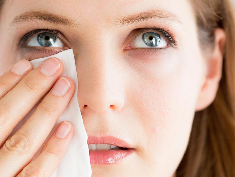 Làm sạch da - bí quyết chống lão hóa da mặt cần được thực hiện mỗi ngày