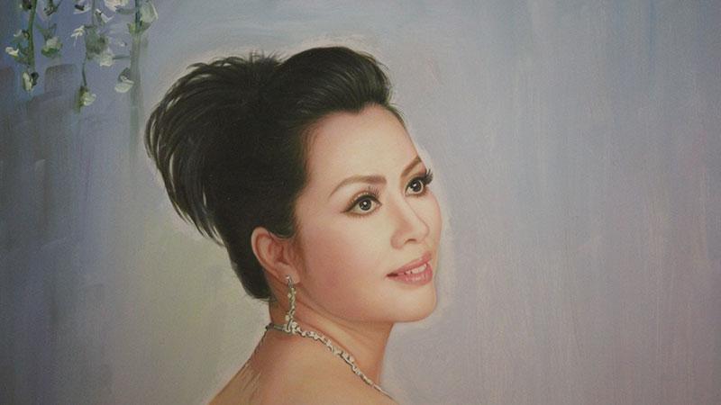Chân dung chị Phượng Hồng Kông - Giám đốc trung tâmthẩm mỹ Hồng Kông, 51 Hàng Gà