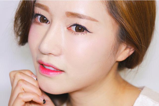 Xăm mí mắt sử dụng mực phun cao cấp, có độ bền cao