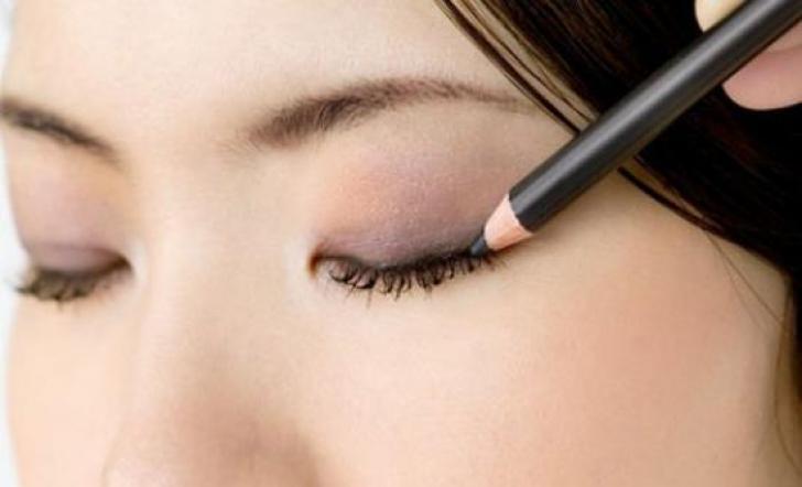 Xăm mí thay thế hoàn toàn thao tác kẻ viền mí mắt mà vẫn có được đôi mắt đẹp như ý