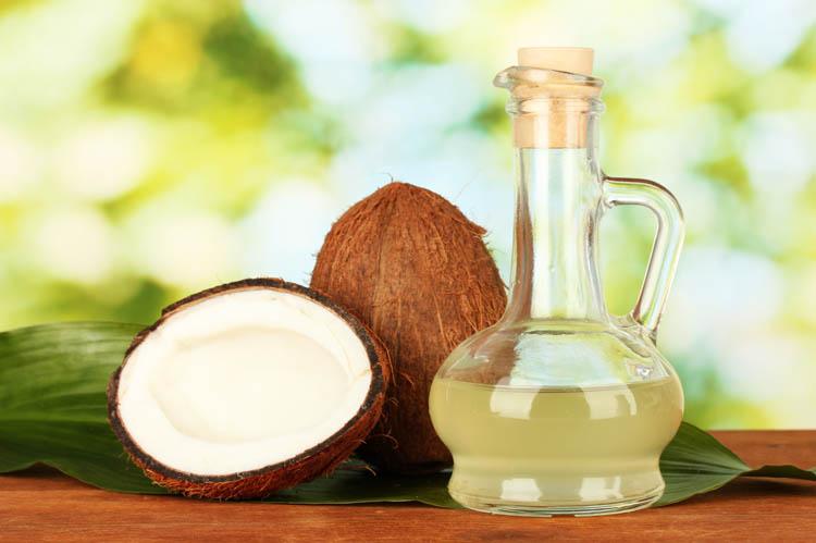 Cách làm căng da mặt với dầu dừa và nước cốt chanh