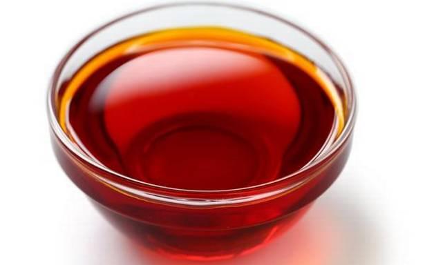 dau-gac-chua-nhieu-vitamin-a-cac-khoang-chat-giup-lma-dep-da-va-tri-nam-hieu-qua