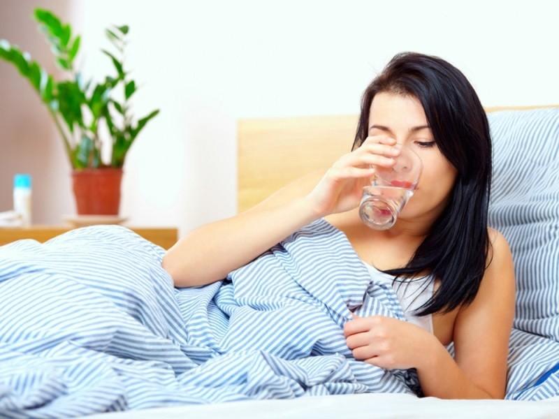 Chỉ cần uống 1 cốc nước trước bữa sáng 30 phút, bạn sẽ có một cơ thể khỏe mạnh và một làn da sáng mịn.