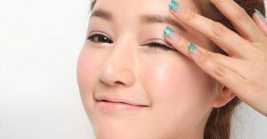 Mí mắt trên bị sưng đau: Chuyên gia tư vấn cách chăm sóc