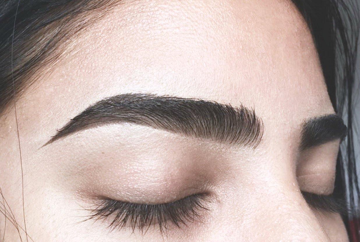 Sau khoảng 2 tuần, lông mày sẽ lên màu chuẩn đẹp tự nhiên và ổn định.