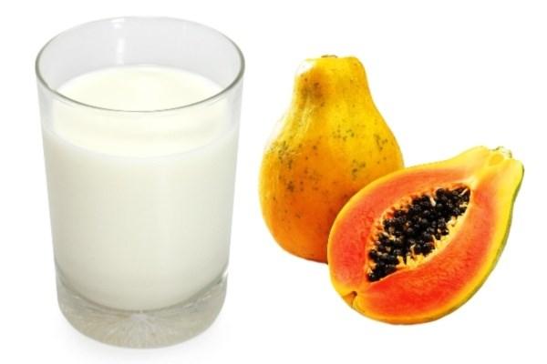 Đu đủ chín và sữa tươi không đường làm trẻ hóa da hiệu quả