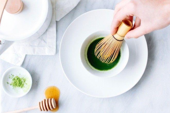 Mặt nạ bột trà xanh, nước cốt chanh và mật ong