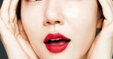 """""""Vạch trần"""" sự thật: Phun xăm môi có đau không?"""
