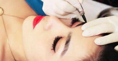 Chuyên gia tiết lộ ưu – nhược điểm của kỹ thuật phun lông mày